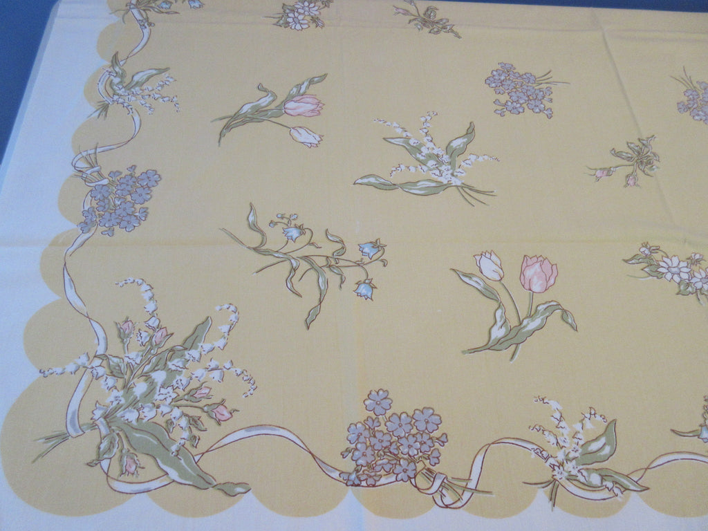 Flowers on Gold Cutter? Leacock Floral Vintage Printed Tablecloth (49 X 45)