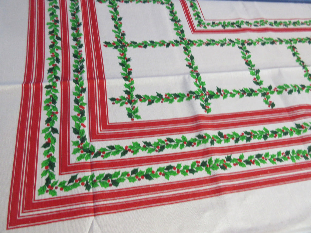 RECTANGLE 51x68 Holly Grid MWT Vintage Printed Tablecloth (67 X 51 actual)
