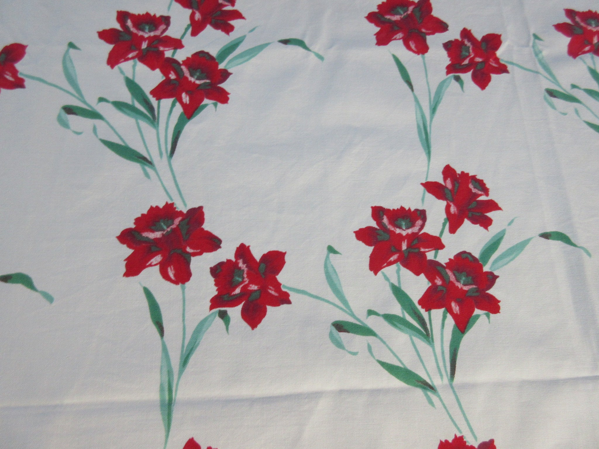 Red Green Daffodil Stripes Floral Vintage Printed Tablecloth (53 X 46)