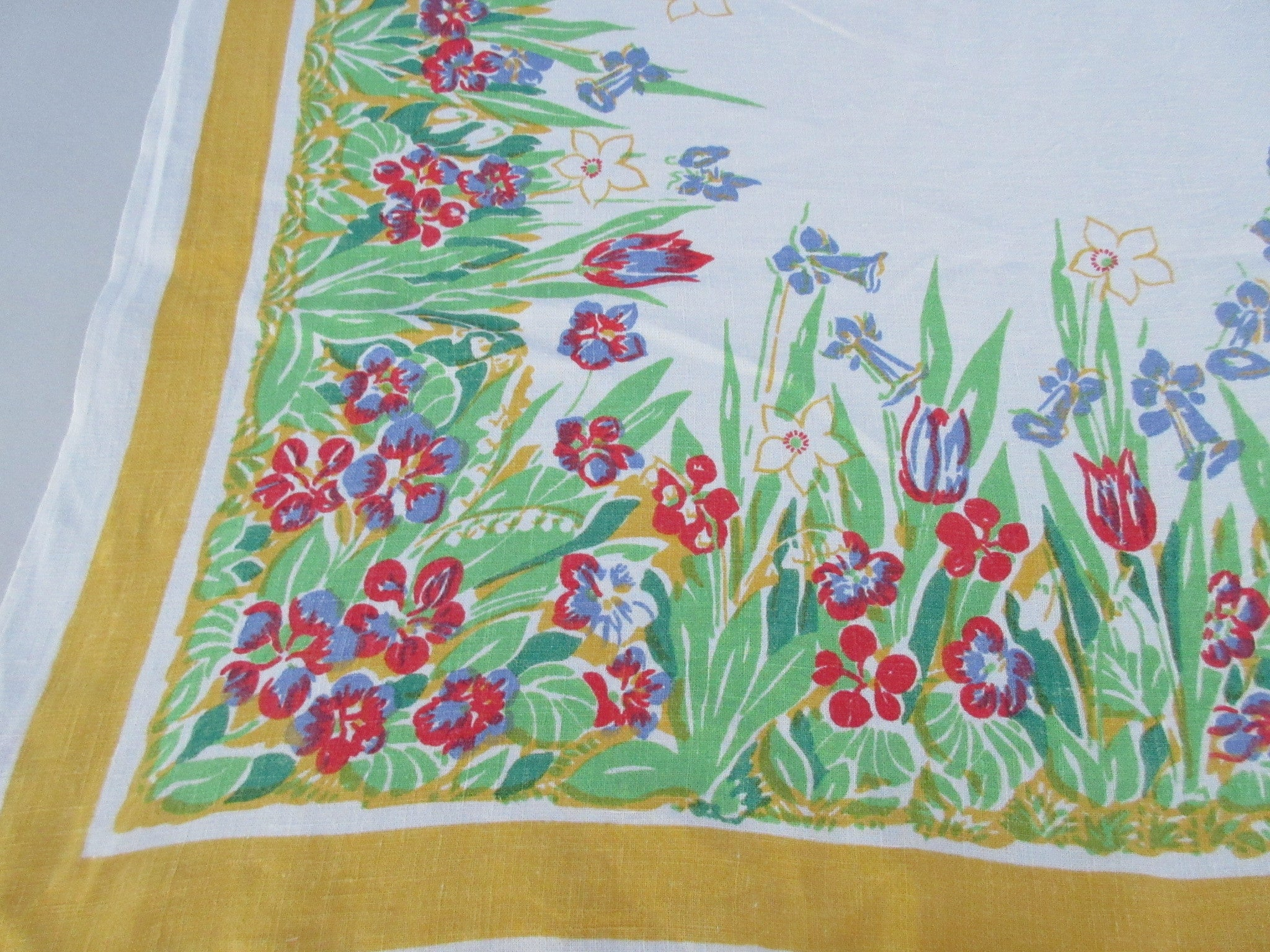 Primary Flowers on Yellow Pride of Flanders Linen Floral Vintage Printed Tablecloth (69 X 52)