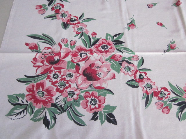 Red Green Black Floral Vintage Printed Tablecloth (45 X 44)