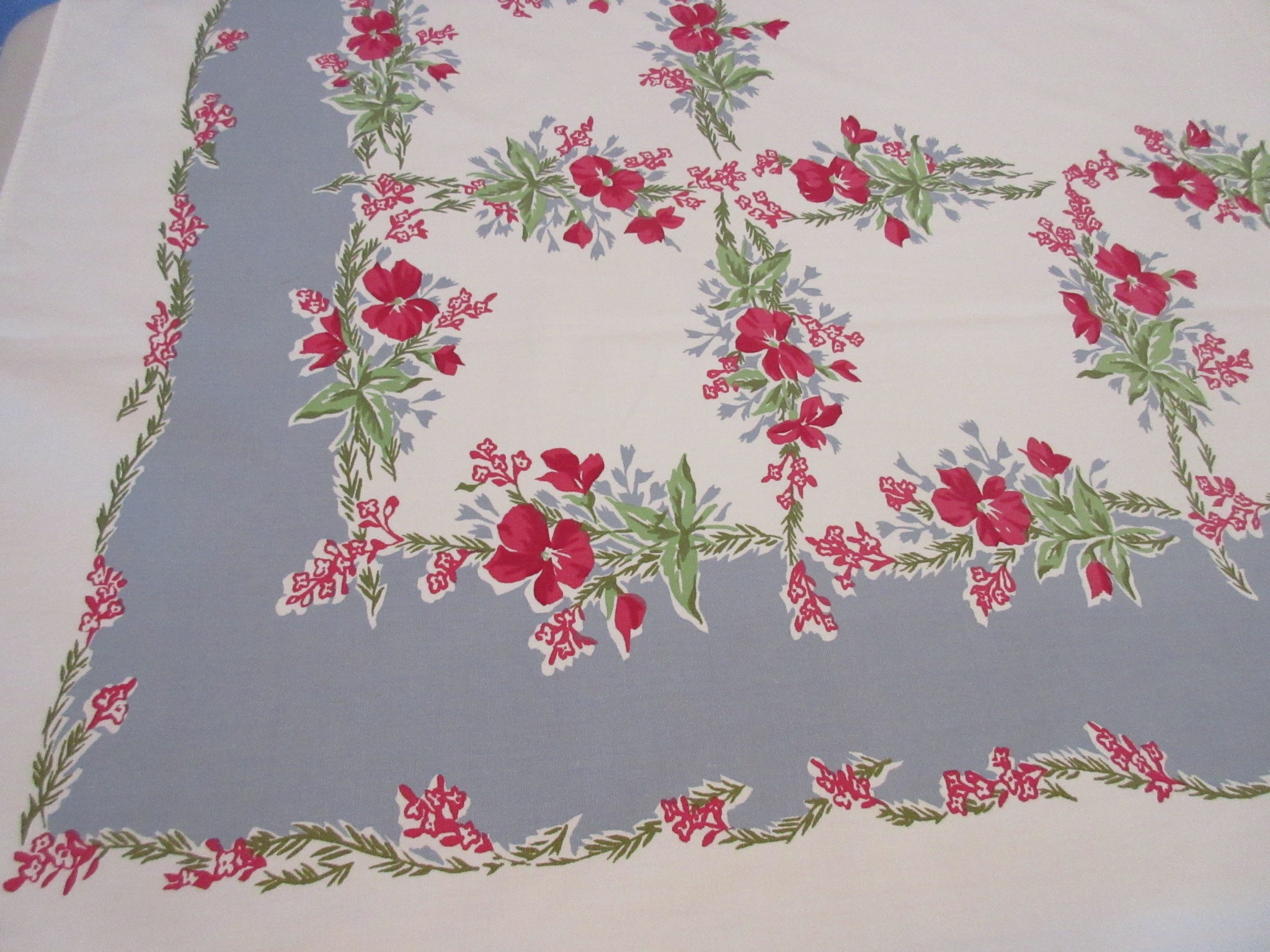 Red Pink Violas on Gray Grid Floral Vintage Printed Tablecloth (62 X 51)