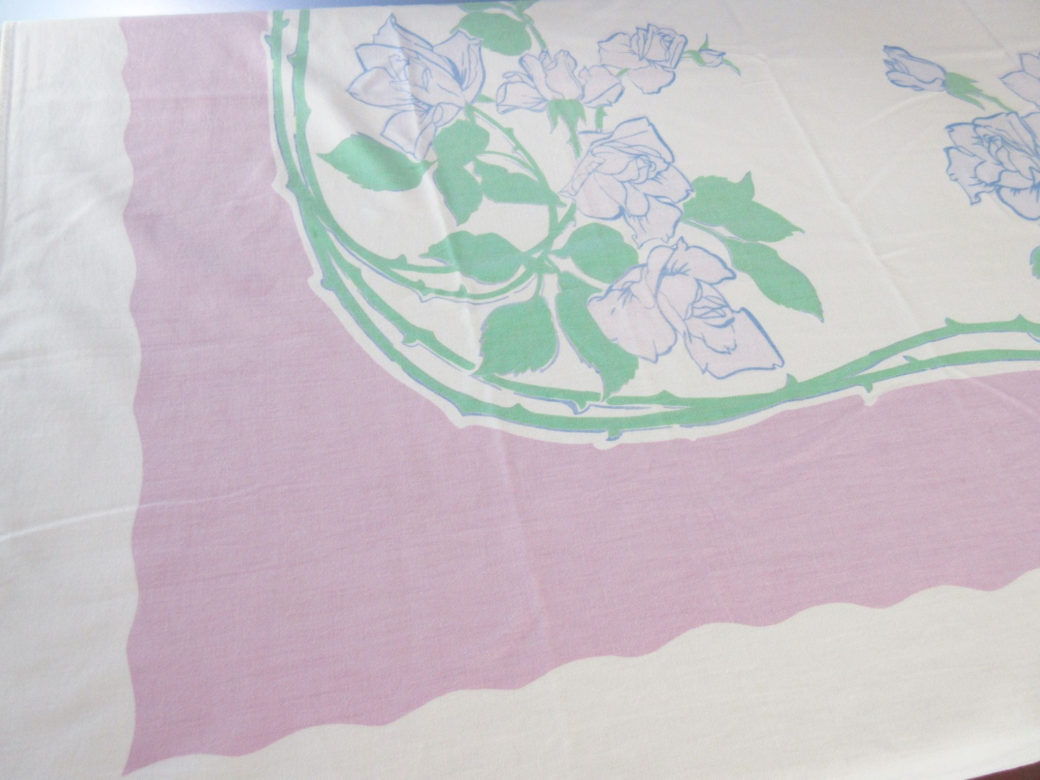 Shabby Lavender Roses on Mauve Floral Vintage Printed Tablecloth (62 X 54)