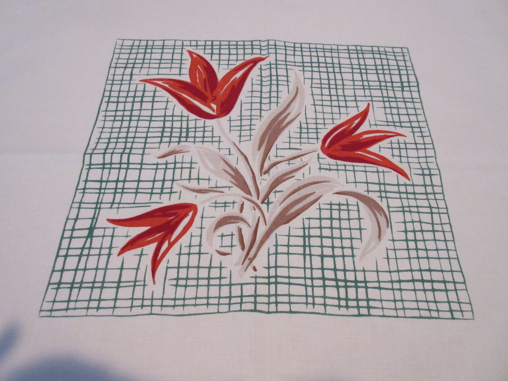 Mod Fall Tulips Plaid Simtex Floral Vintage Printed Tablecloth (52 X 46)