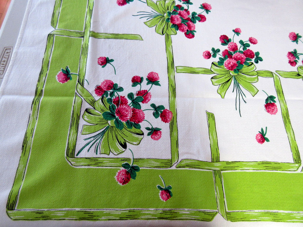 Pink Clover on Lime Floral Vintage Printed Tablecloth (61 X 49)