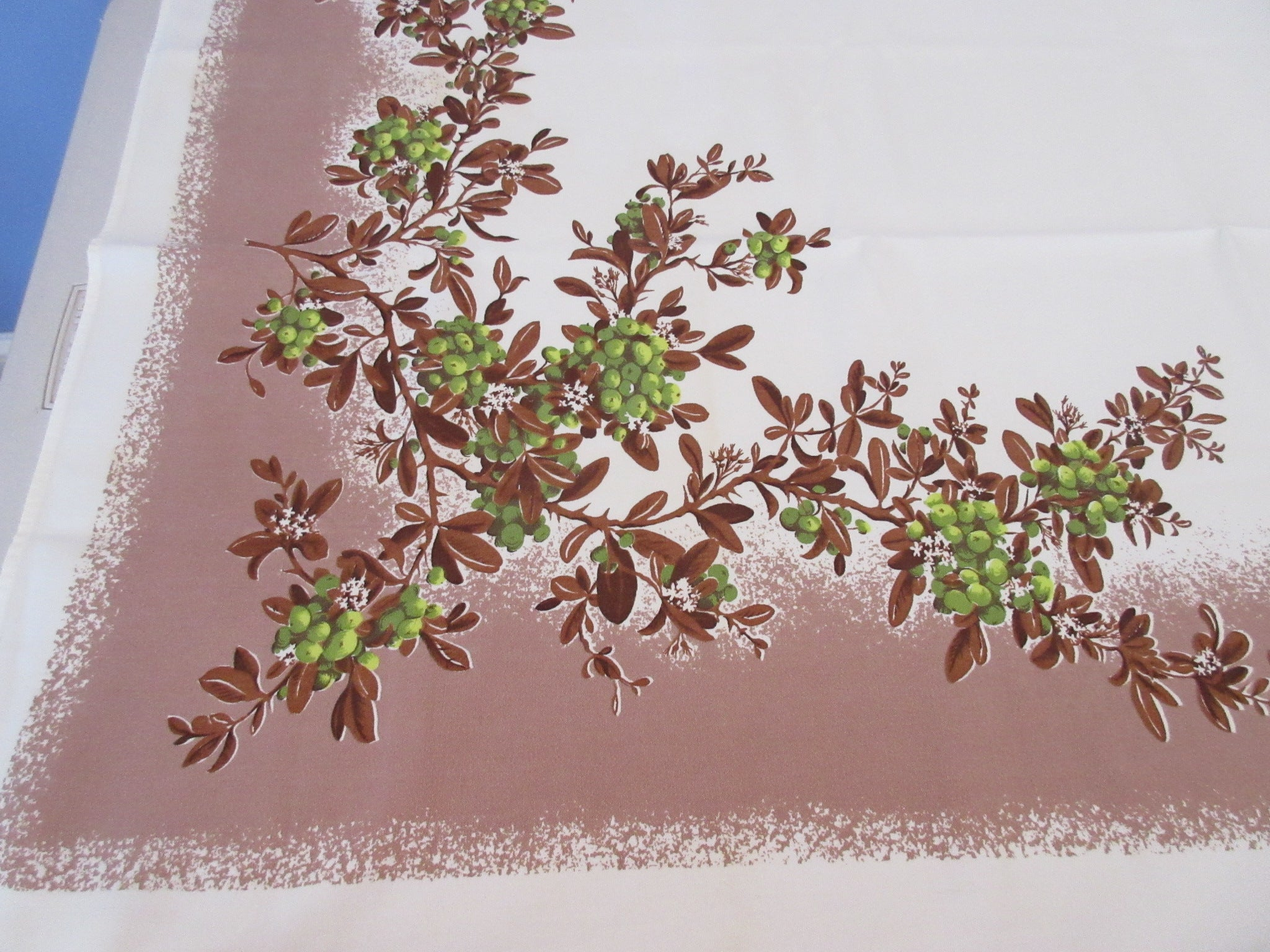 Fall Firethorn on Tan CHP MWT Vintage Printed Tablecloth (54 X 48)