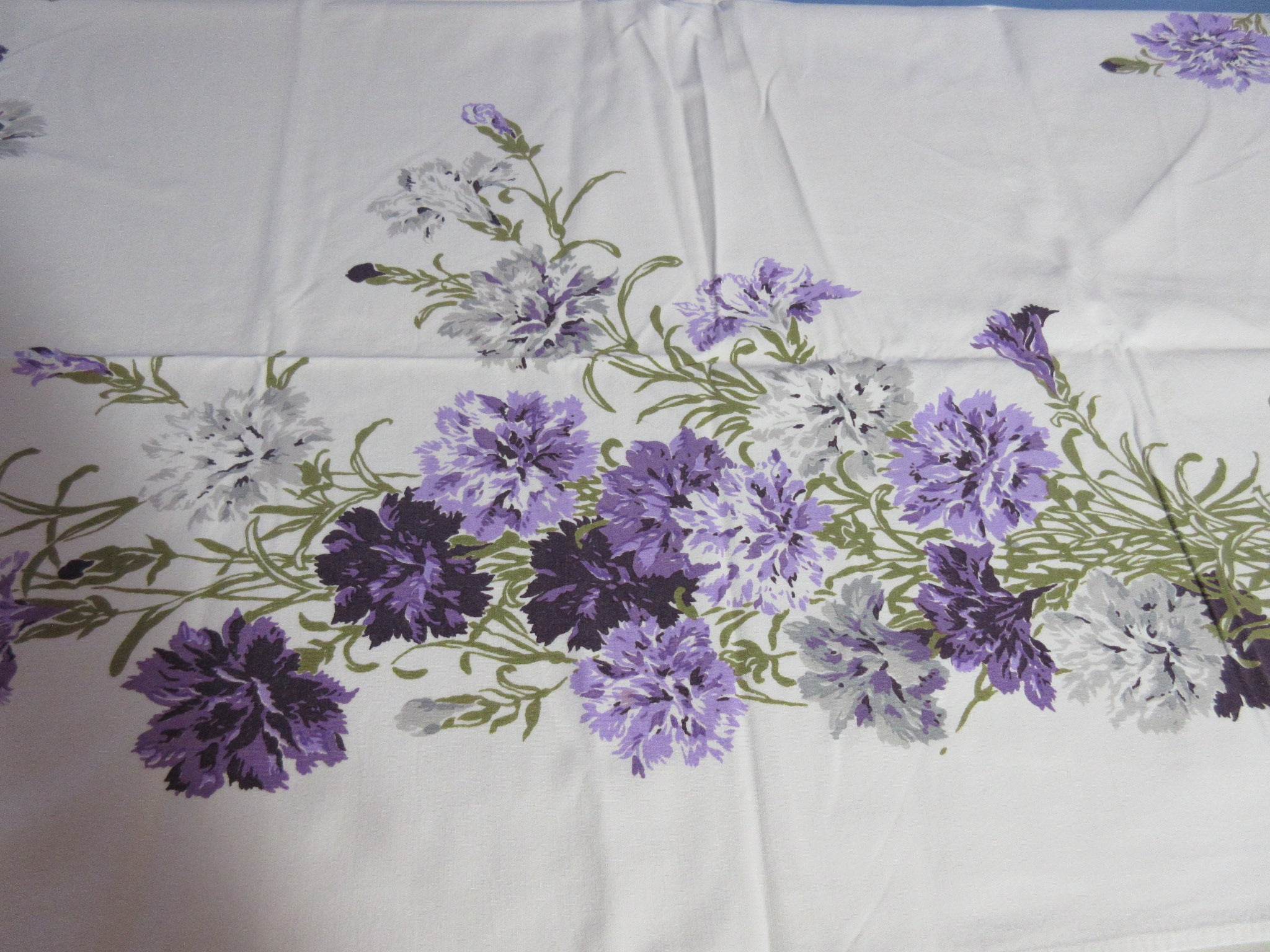 Purple Carnations Floral Vintage Printed Tablecloth (52 X 44)