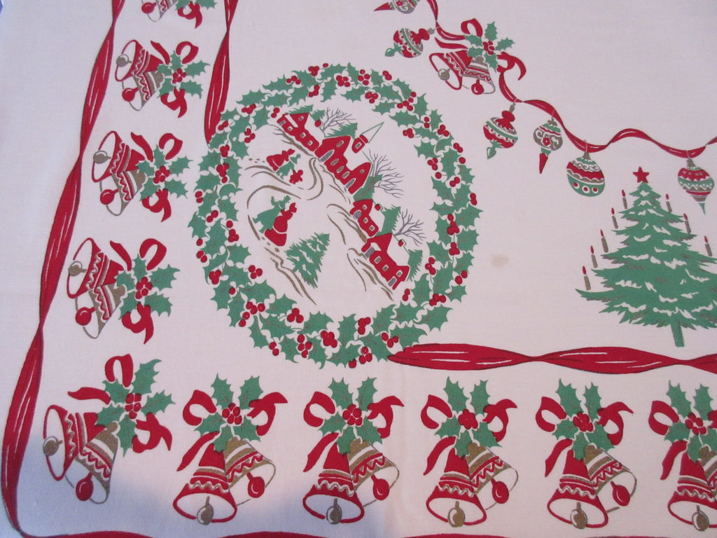 Christmas Wreaths Vignettes Trees Novelty Vintage Printed Tablecloth (67 X 61)