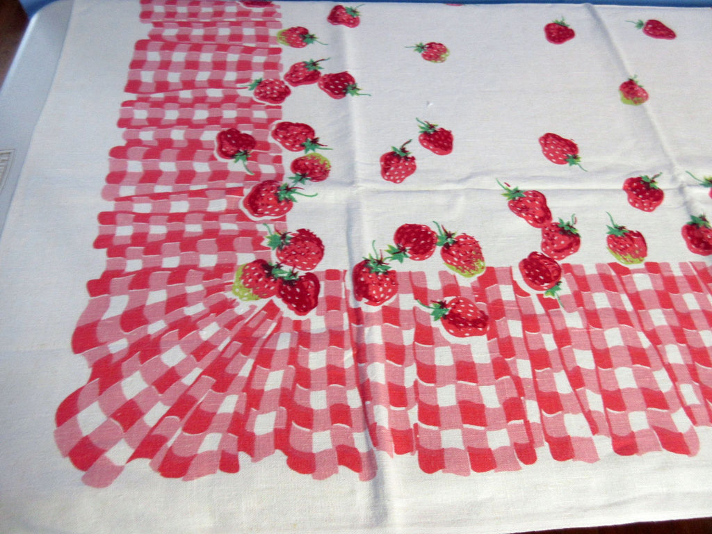 HTF Strawberries on Pink Ruffles Napkins Fruit Vintage Printed Tablecloth (52 X 49)