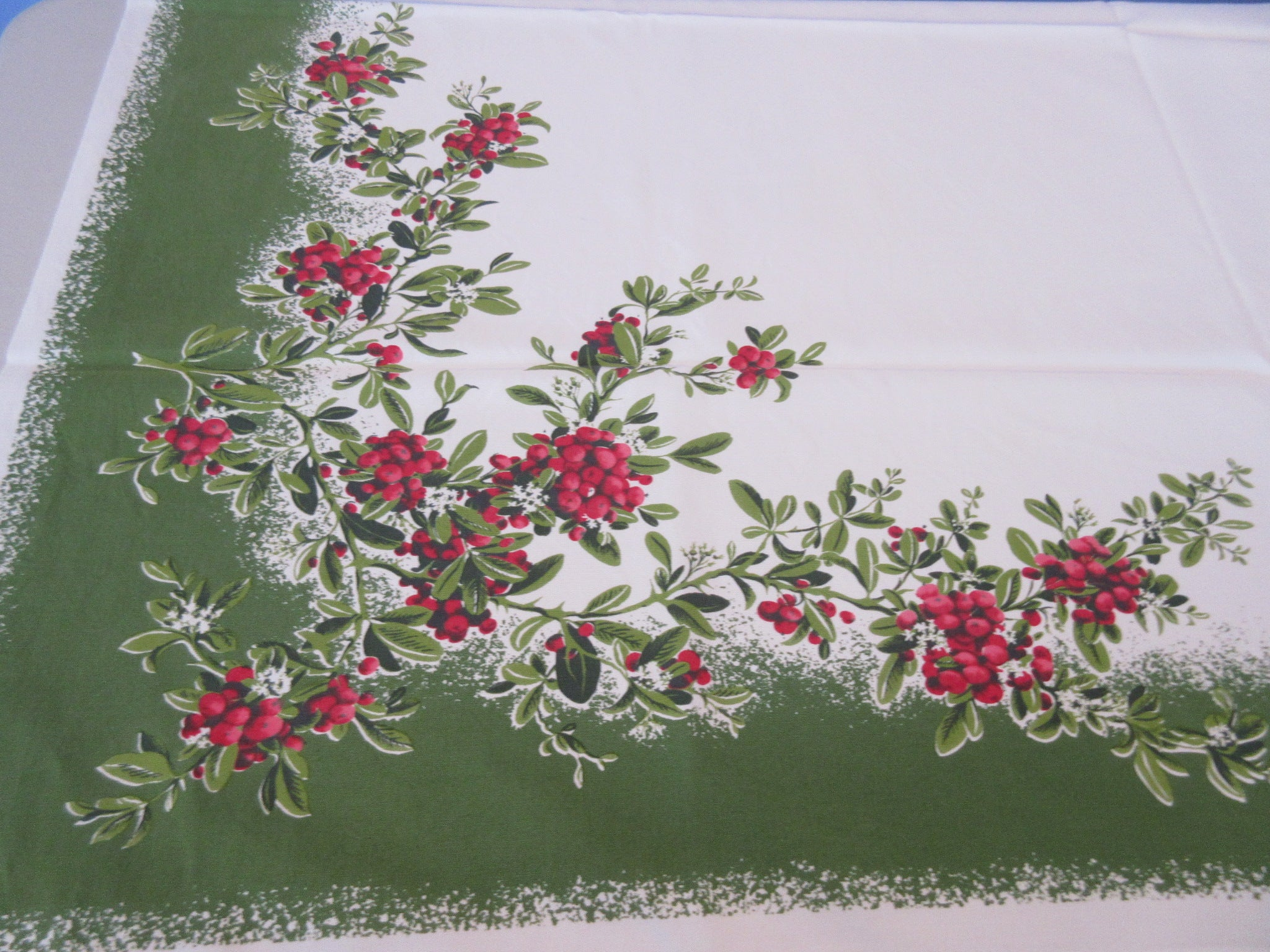 CHP Holly Firethorn Christmas on Green Novelty Vintage Printed Tablecloth (52 X 44)