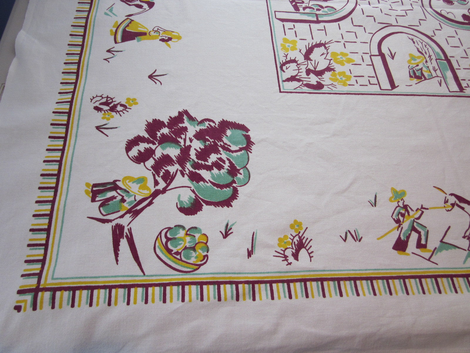 Unusual Gold Magenta Mexican Novelty Vintage Printed Tablecloth (49 X 46)