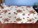 Wilendur Strawberry Bunches NWOT Fruit Vintage Printed Tablecloth (53 X 50)
