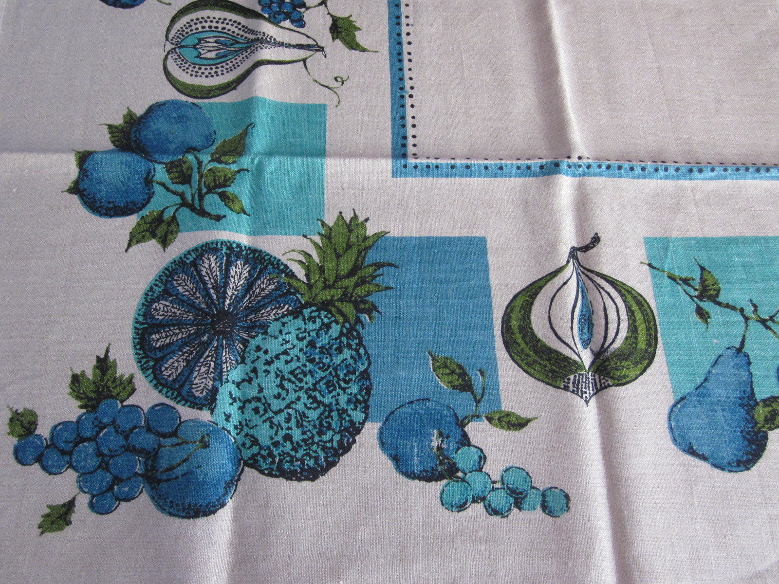 Funky 60s Aqua Blue Fruit Linen MWT Vintage Printed Tablecloth (52 X 52)