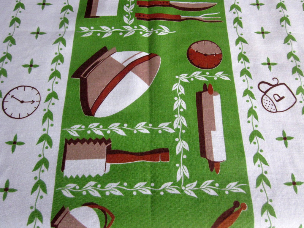 Calaprint Green Kitchen Vintage Novelty Printed Tablecloth (54 X 51)