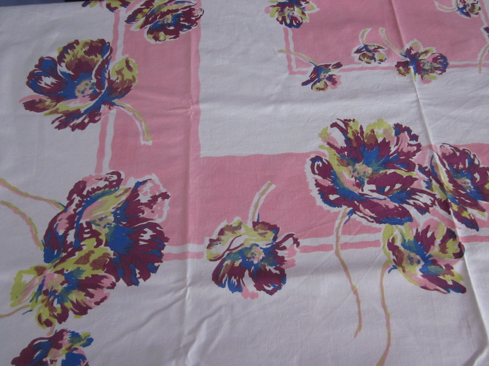 Poppies on Pink Sheeting Floral Vintage Printed Tablecloth (49 X 48)