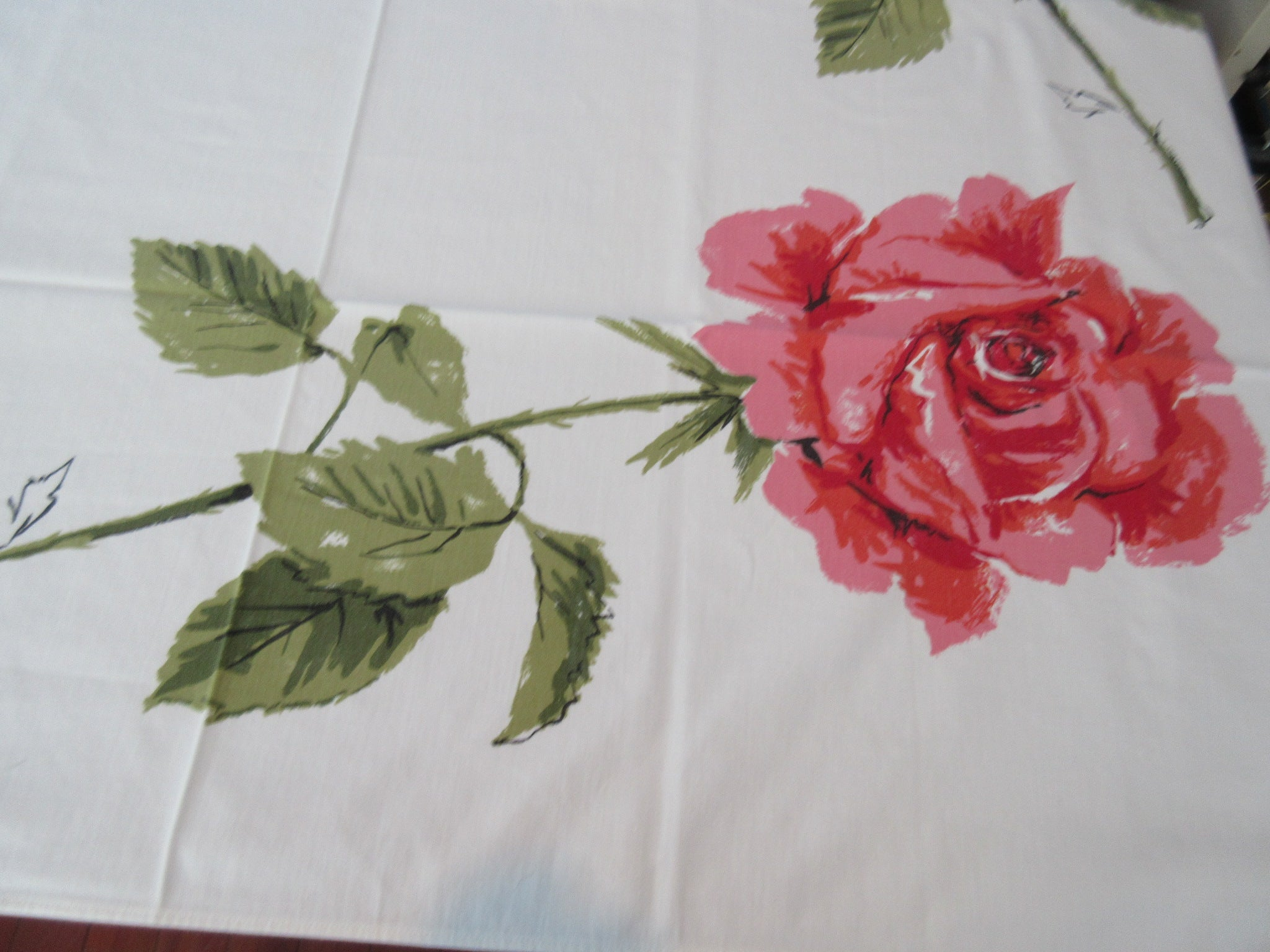 Shabby Coral Pink Green Roses Floral Vintage Printed Tablecloth (49 X 47)