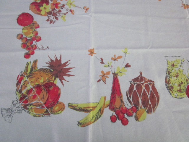 Shabby Orange Fruit Cutter? Vintage Printed Tablecloth (47 X 46)