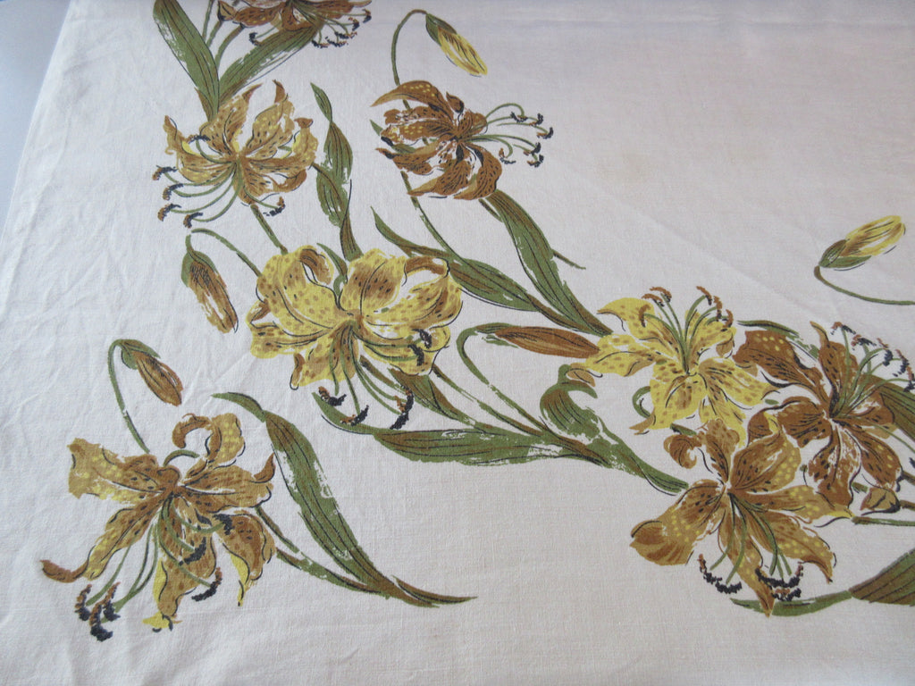 60s Stargazer Lilies on Oatmeal Linen Floral Vintage Printed Tablecloth (49 X 48)