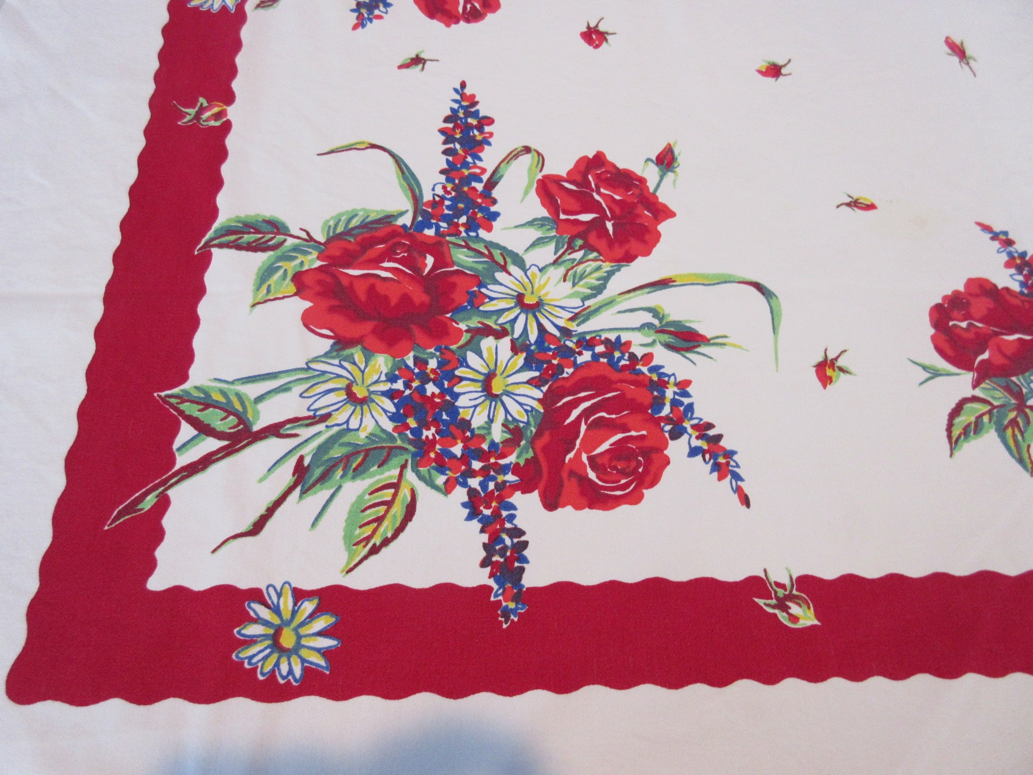Roses on Red Floral Cutter Vintage Printed Tablecloth (50 X 46)