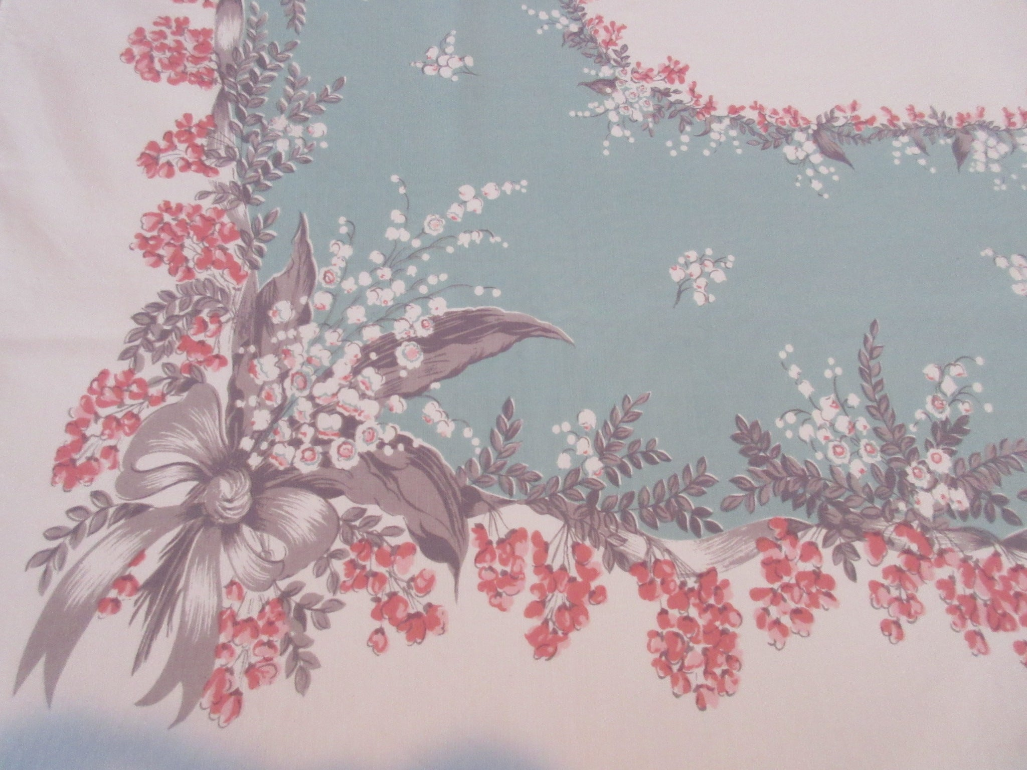 CHP Coral Gray Lily Valley on Green Floral Vintage Printed Tablecloth (61 X 52)