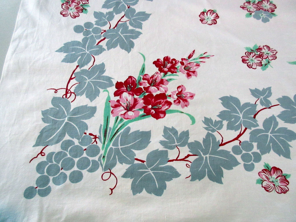 Gray Grapes and Gladioli Floral Vintage Printed Tablecloth (49 X 45)