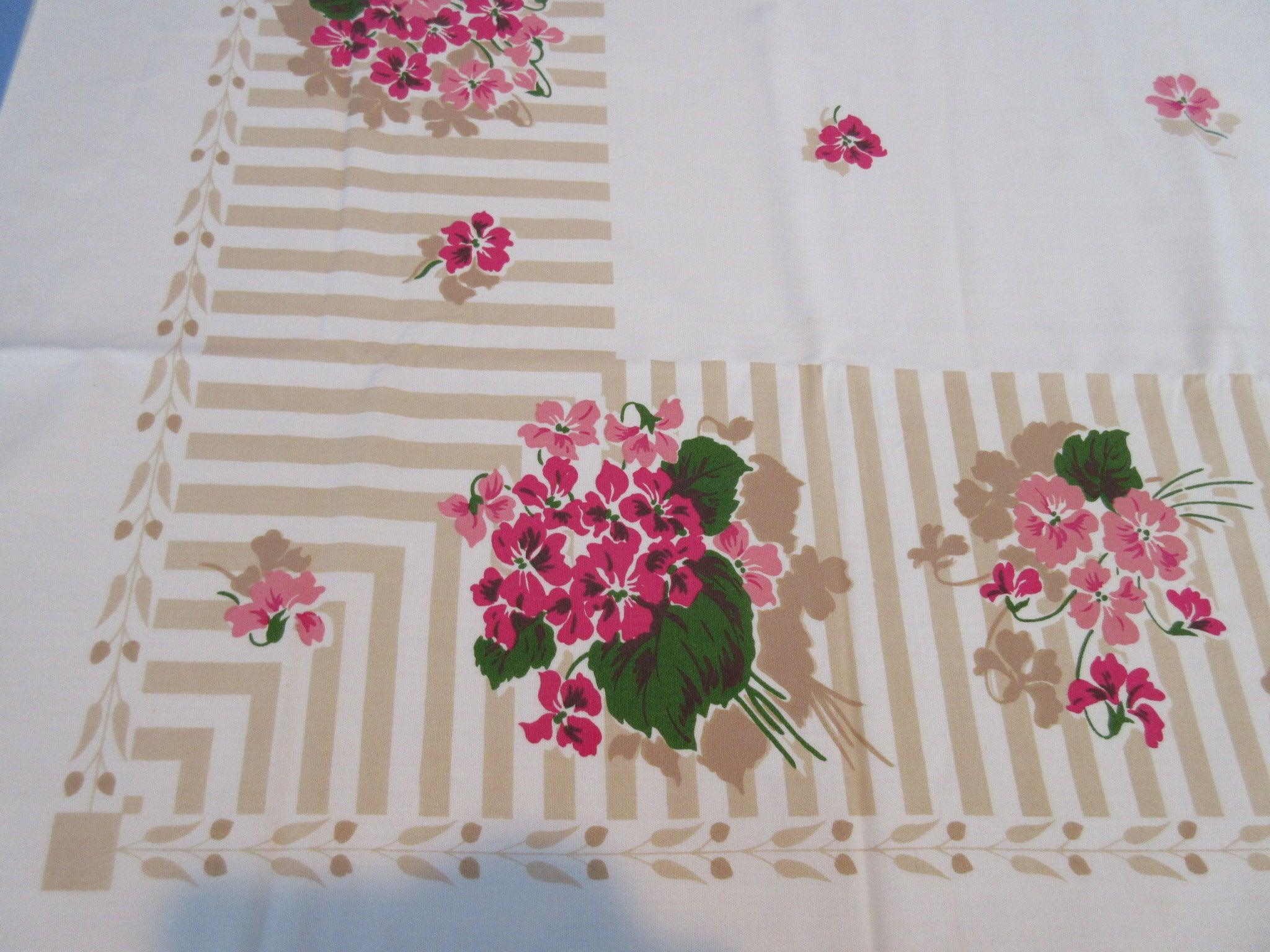 Pink Green African Violets Tan Stripe MWT Floral Vintage Printed Tablecloth (65 X 52)