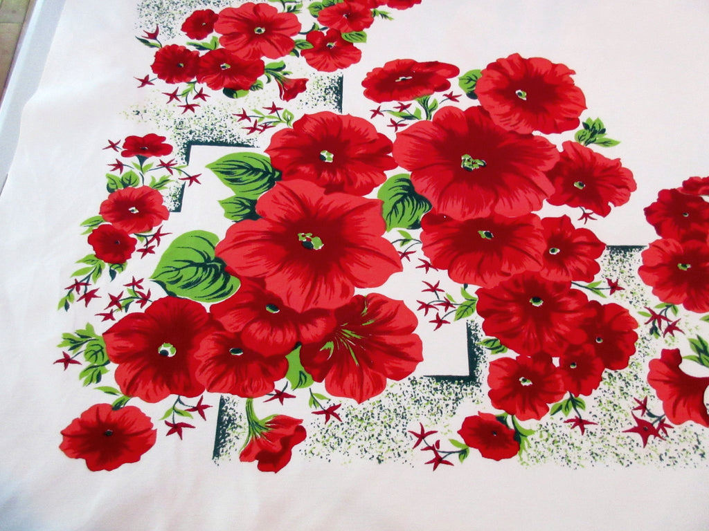 CHP Red Hibiscus on Green Floral Vintage Printed Tablecloth (52 X 46)
