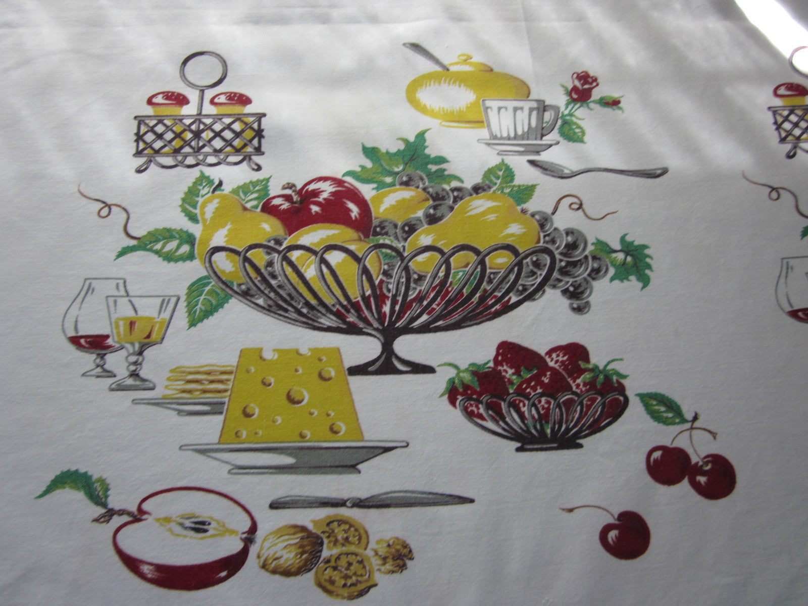 Wilendur Fruit Bowl Novelty Vintage Printed Tablecloth (65 X 55)