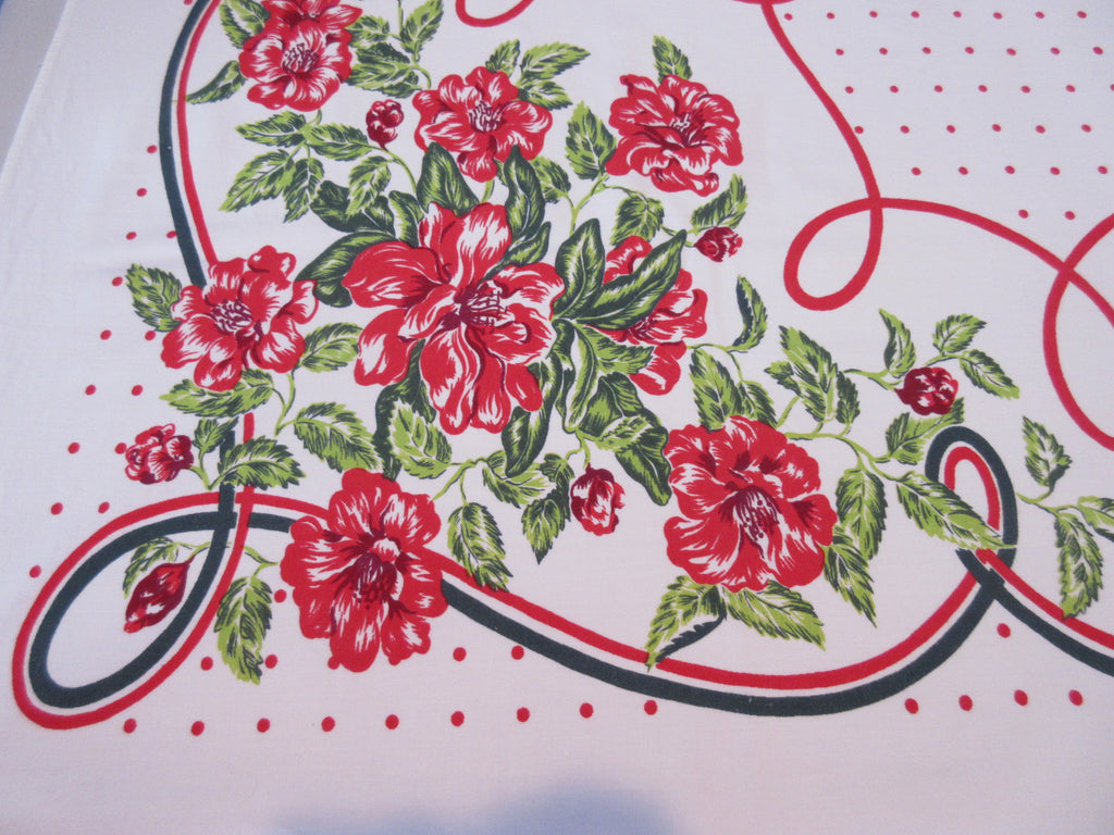 Red Green Wild Roses Polkadots Floral Vintage Printed Tablecloth (62 X 53)