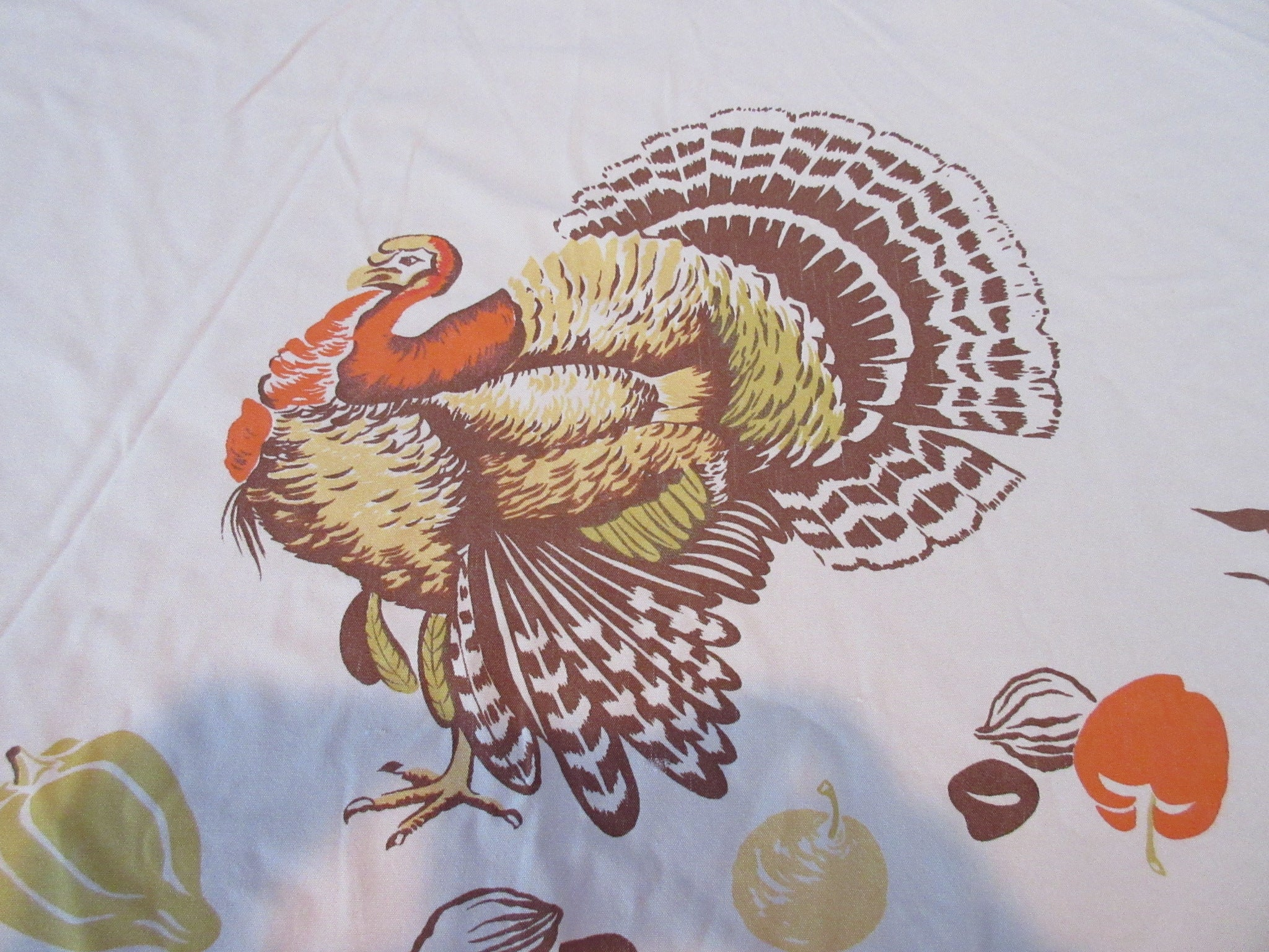 ROUND HTF CHP Thanksgiving Turkey Fall Novelty Vintage Printed Tablecloth (59 inches ROUND)