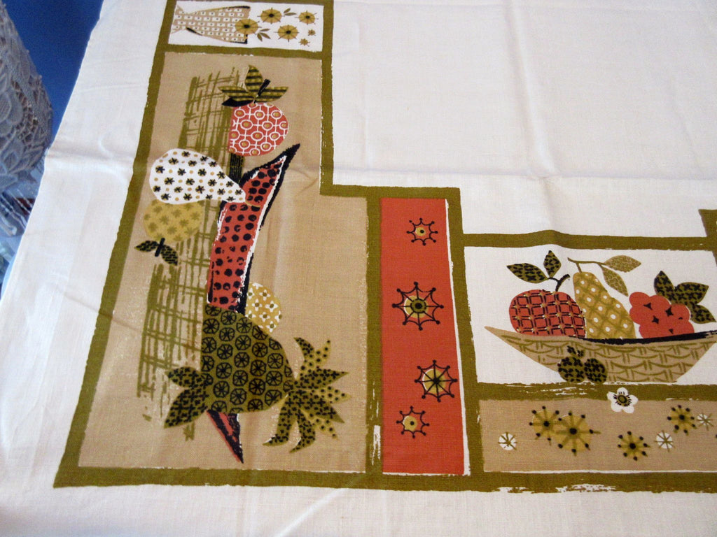 Fall Fruit Quilting 60s Calico MWT Novelty Vintage Printed Tablecloth (69 X 51)
