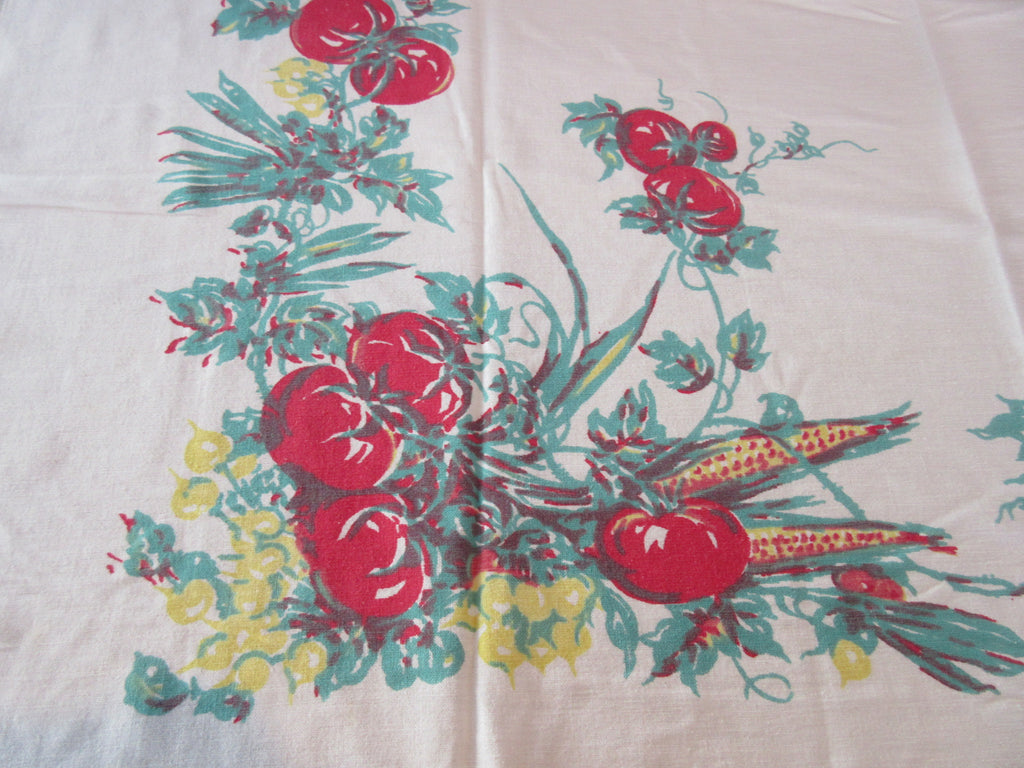 Early Victory Garden Red Green Vegetables Vintage Printed Tablecloth (48 X 44)