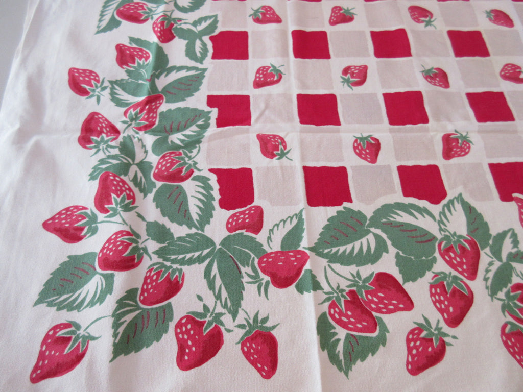 Simtex Strawberry Plaid Red Gray Fruit Vintage Printed Tablecloth (51 X 49)