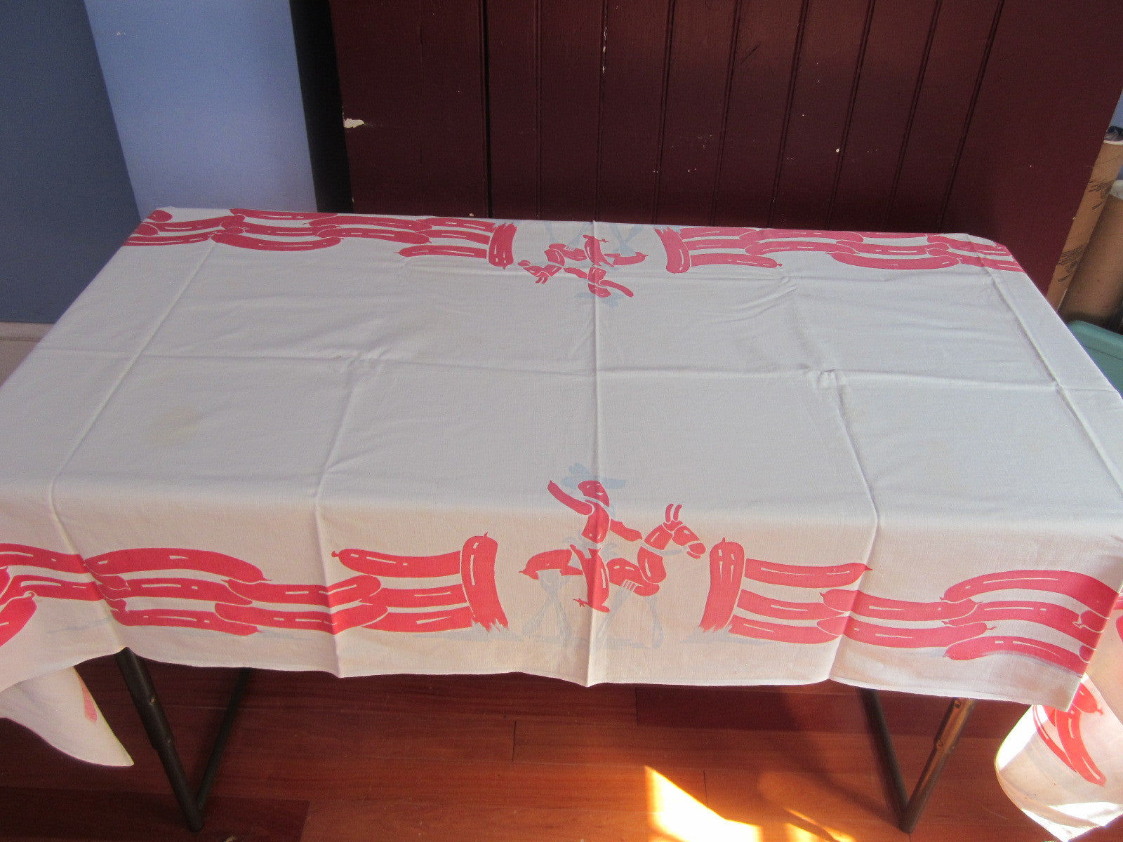 HTF Hotdog Cowboy Picnic Table Novelty Vintage Printed Tablecloth (80 X 36)