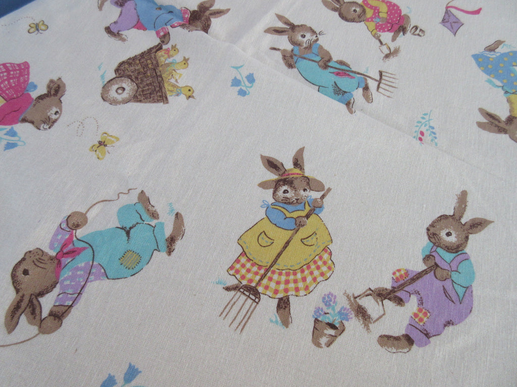 ROUND Avon Easter Bunny Rabbit Novelty Vintage STYLE Printed Tablecloth (66 X 65)