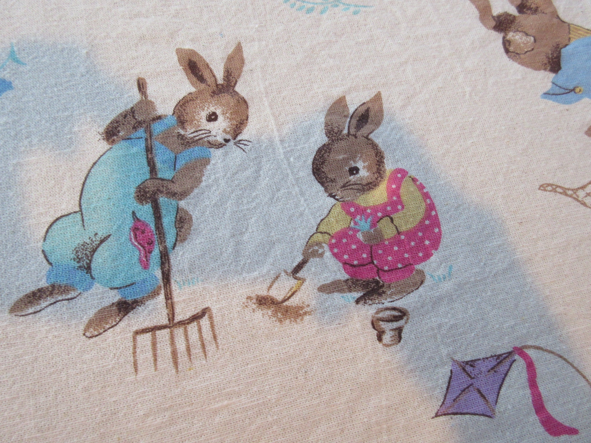 Rectangle Avon Easter Bunny Rabbit Novelty Vintage STYLE Printed Tablecloth (77 X 58)