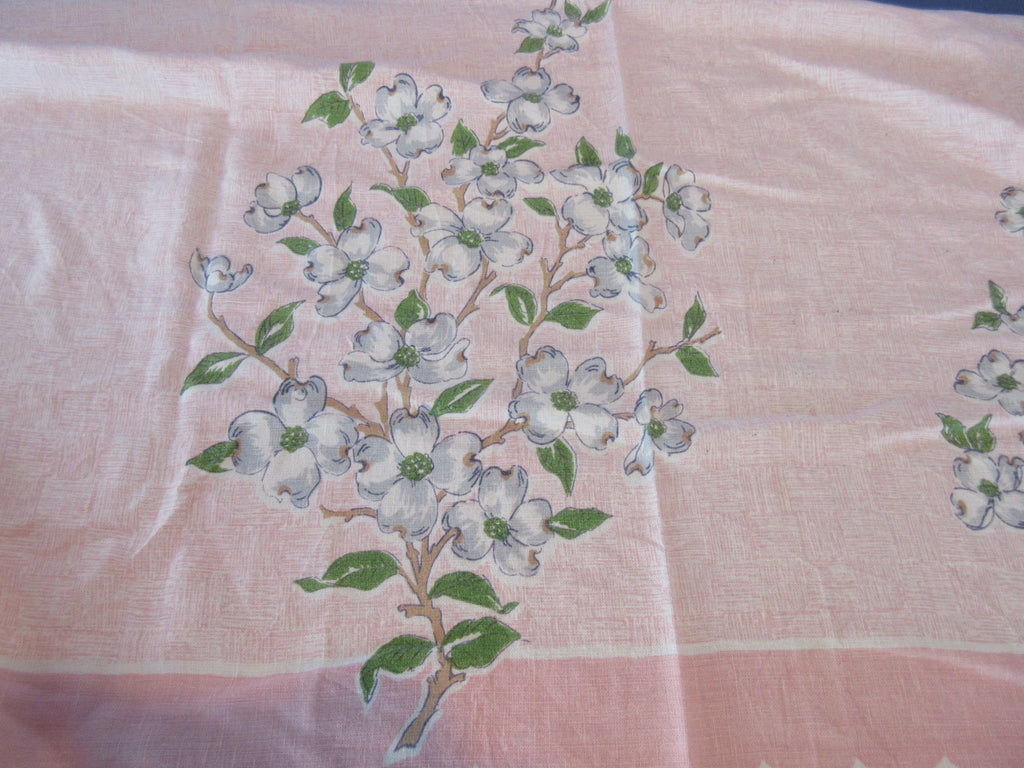 Giant Dogwood on Peach Rough Edges Cutter? TLC Vintage Printed Tablecloth (83 X 56)