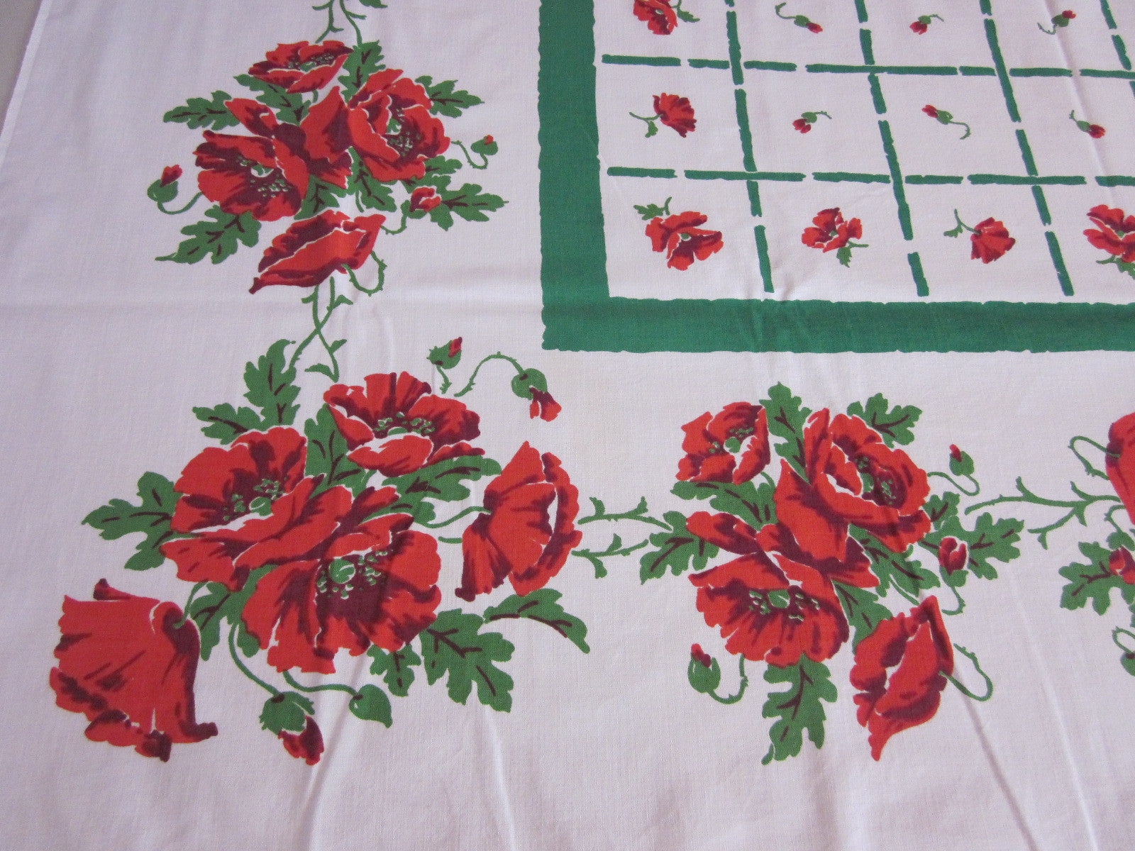Red Startex Poppies on Green Floral Vintage Printed Tablecloth (50 X 48)