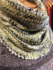 Brain Frieze knit cowl pattern