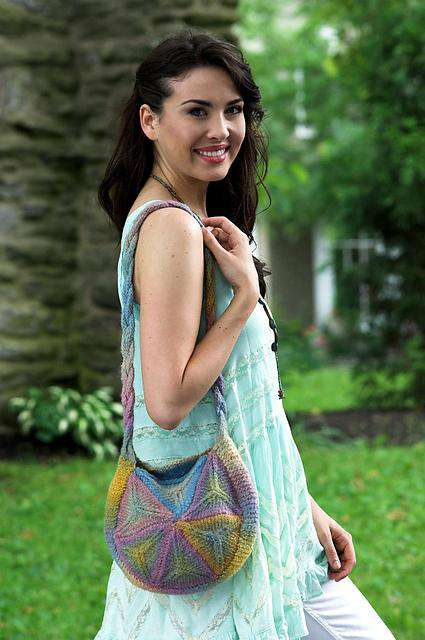 F506 Gina Hexagon Felt Bag by Vanessa Ewing *Plymouth Pattern*-Patterns-Plymouth Yarn-Alpaca Direct