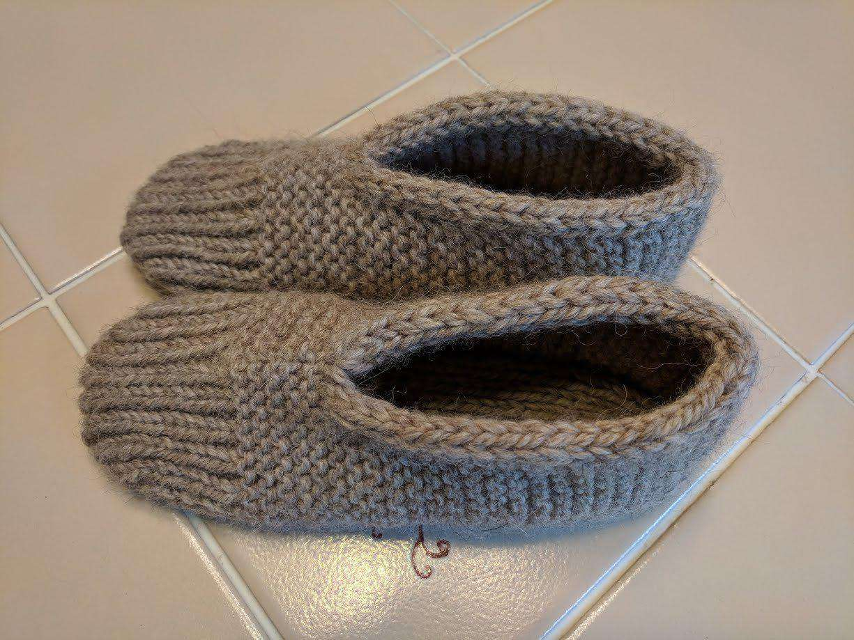 Mrs. Hupps Slippers by Kelley Hobart-Patterns-Alpaca Direct-Alpaca Direct