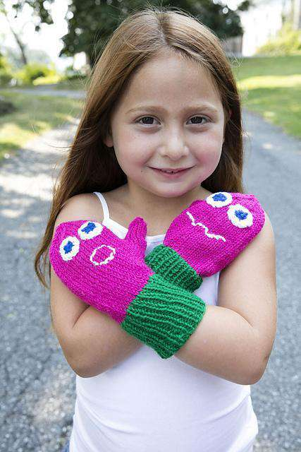 F698 Monster Mitts by Plymouth-Patterns-Plymouth Yarn-Alpaca Direct