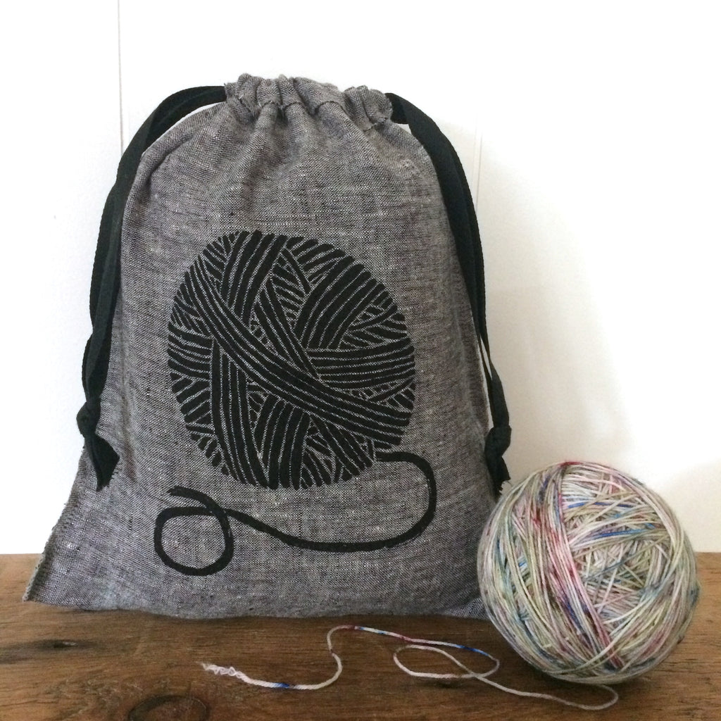 Medium Organic Linen Drawstring Bag - Yarn