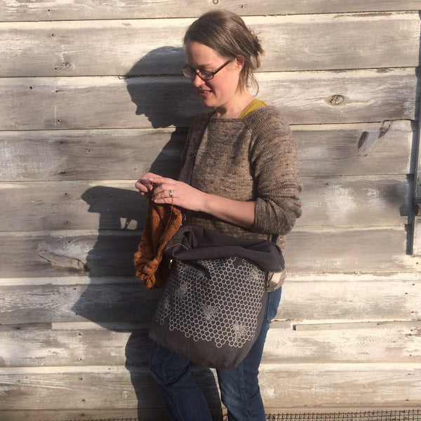 Deluxe Trundle Bag - Honeycomb