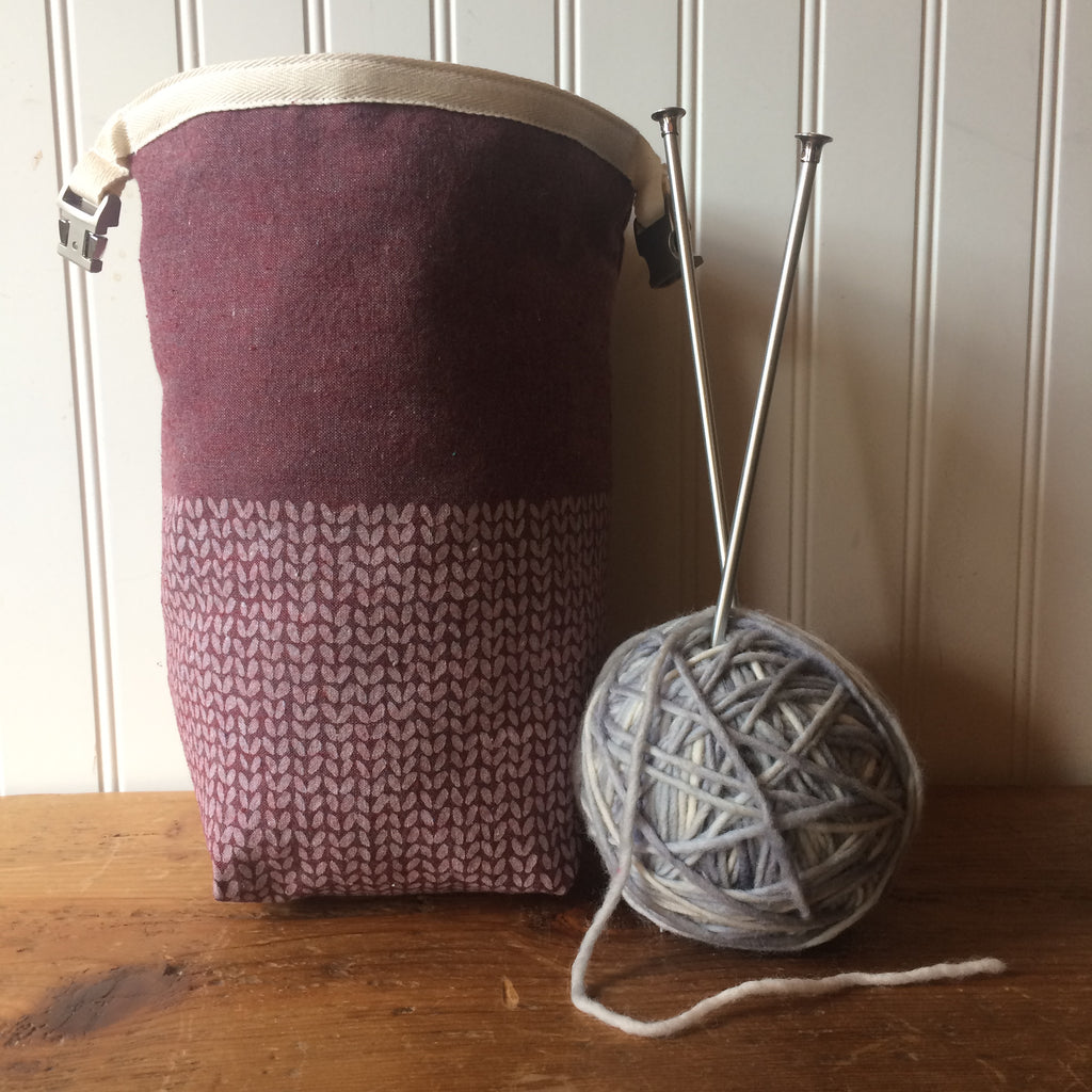 Knit Stitch Mini Trundle Bag- Burgundy