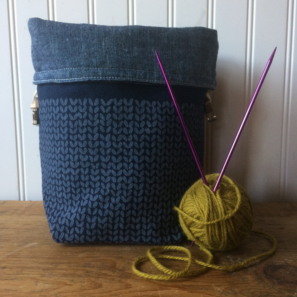 Knit Stitch Mini Trundle Bag- Blue