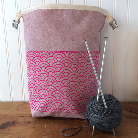 Pink Waves Trundle Bag