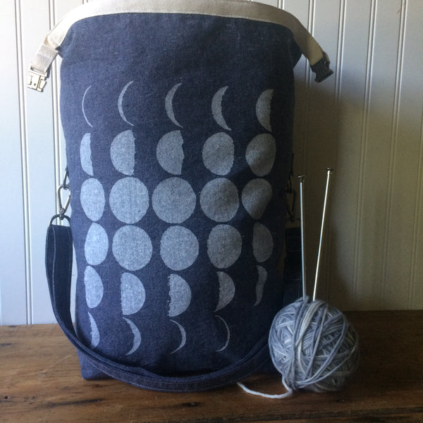 Deluxe Trundle Bag- Blue Moon