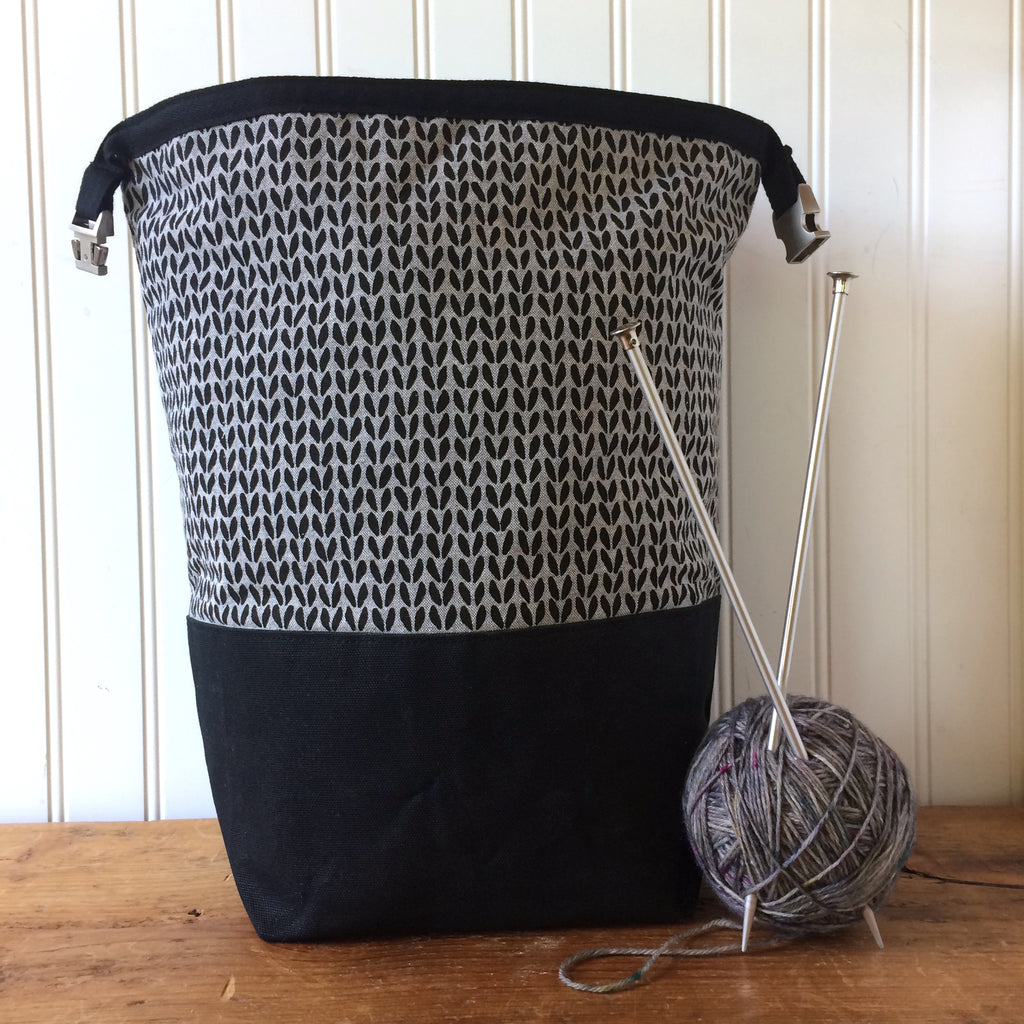 Beeswaxed Bottom Trundle Bag