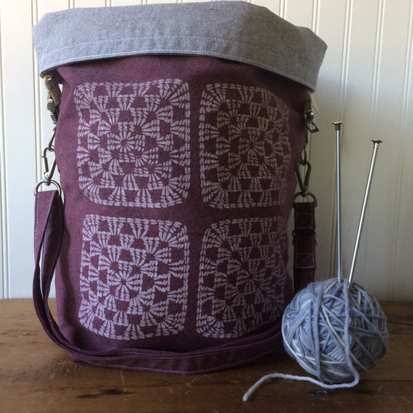 Deluxe Trundle Bag- Granny Square (Burgundy)